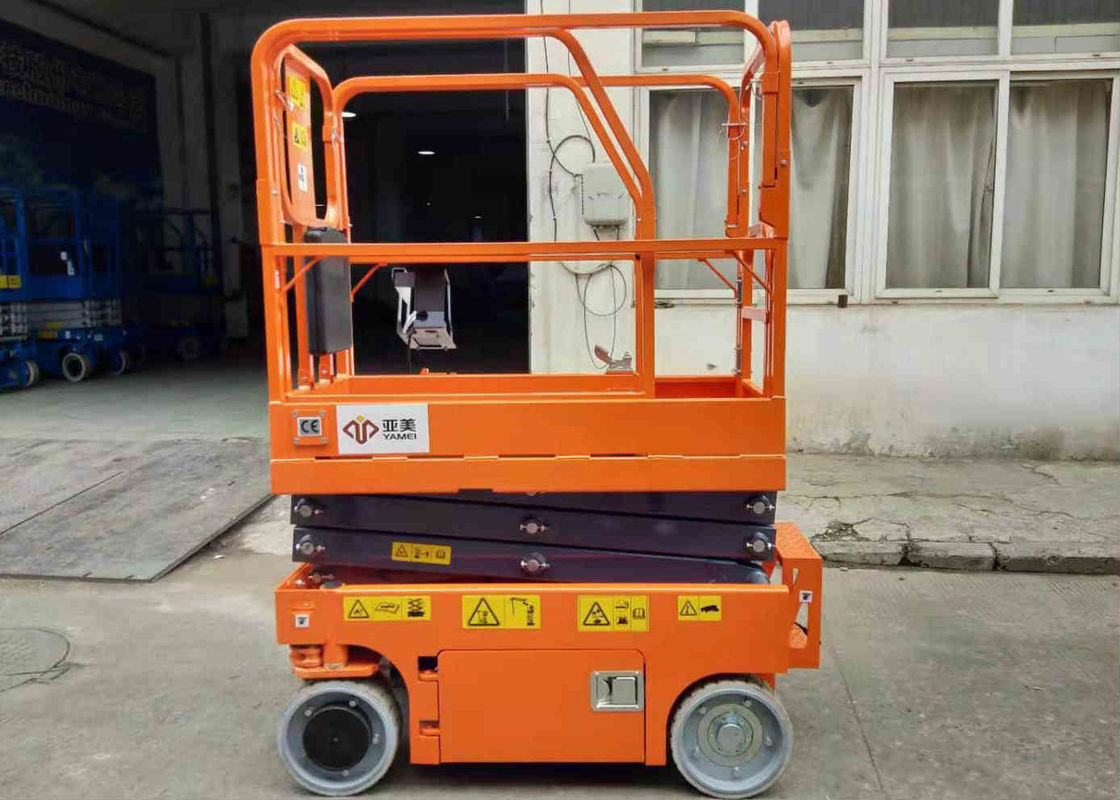 Electric Industrial Scissor Lift With Width 0.76m Elevator Compact Dimensions